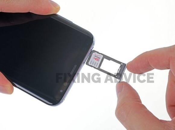 Remove the SIM Card And Battery